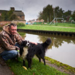 Trent and Mersey Canal, Middleport - Oct 2017 - Phil and Jock